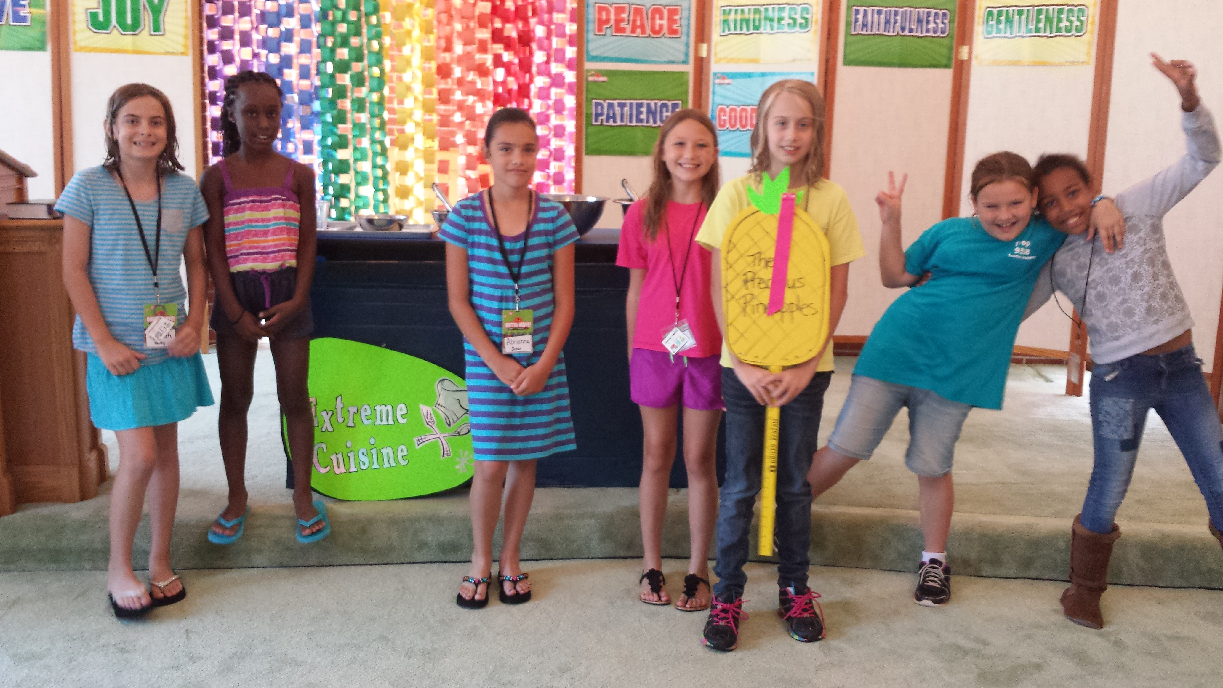 a day of service at the vacation bible school Napa methodist church's 2018 vacation bible school:  middle school sunday school sierra service project give  napa methodist church's 2018 vacation bible.